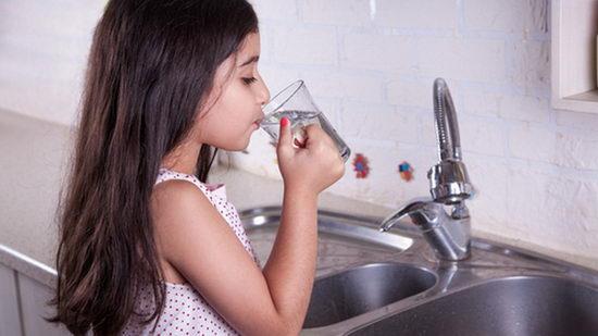 Как проверить питьевую воду в домашних условиях