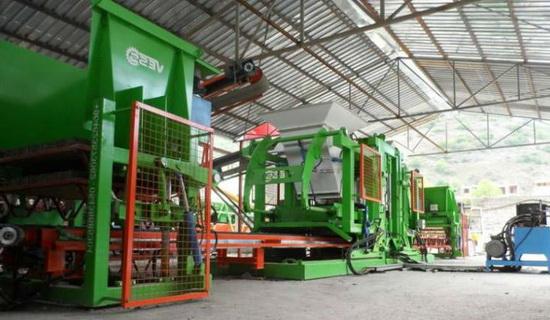 Завод по производству кирпича фото